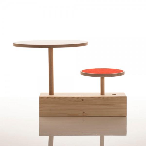 Sirch Sibis Hocker & Tisch Claus zu Tisch roter Filz