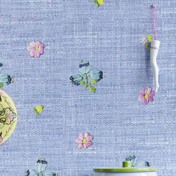 Rice Tapete Raffiabast mit Blumen blau