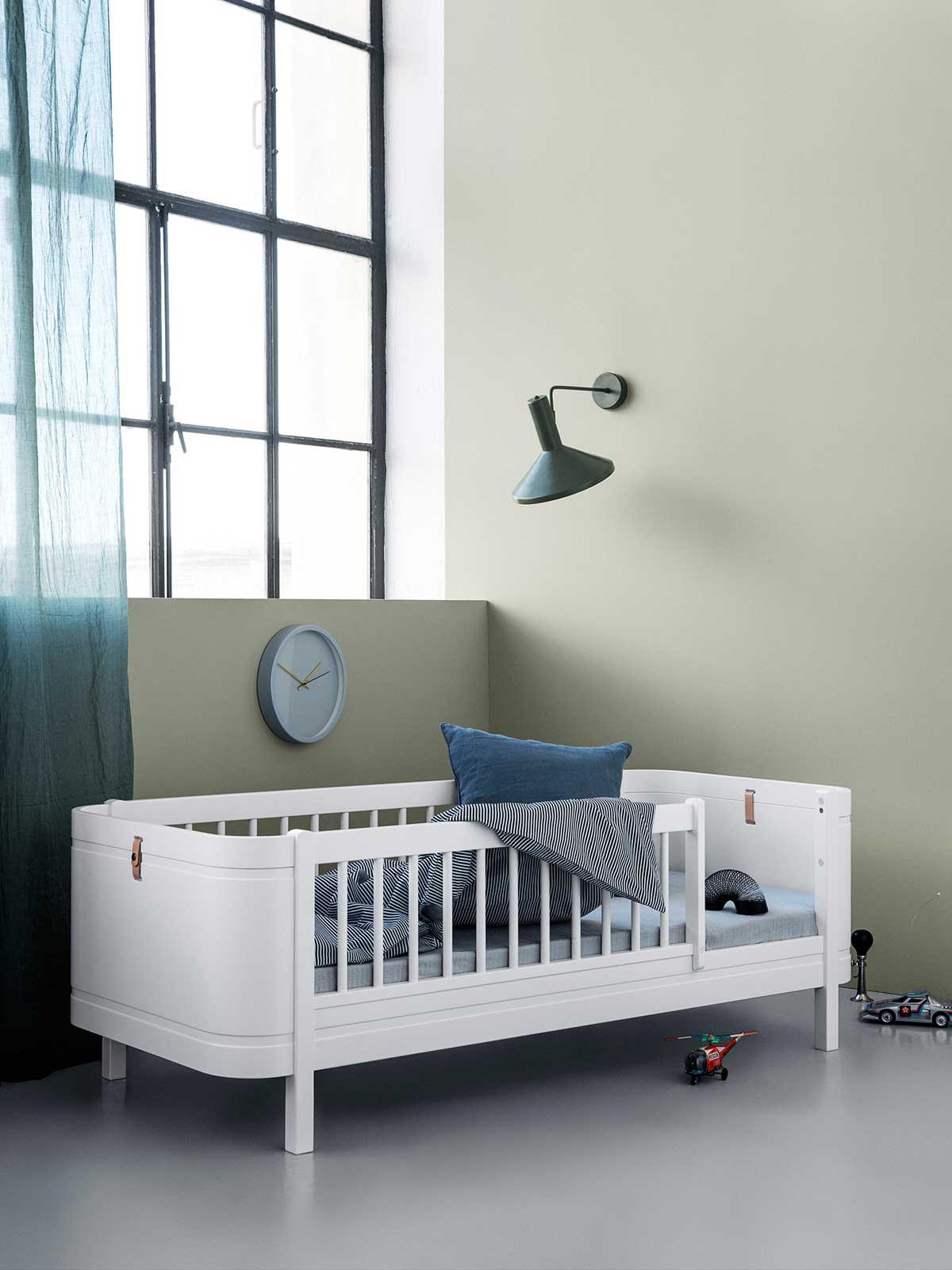 Oliver Furniture Wood Mini+ Babybett umbaubar zum Juniorbett weiss ...