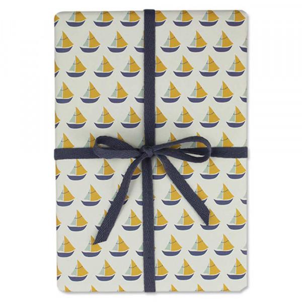 Ava & Yves Geschenkpapier Schiffchen blau gelb