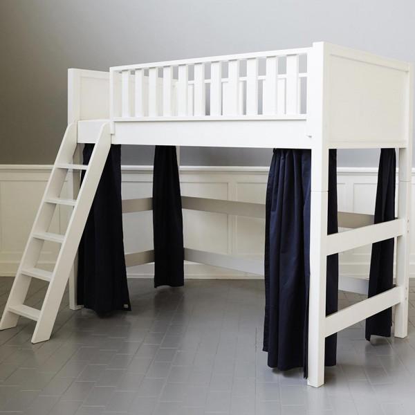 Sanders Vorhänge für mittelhohes Bett