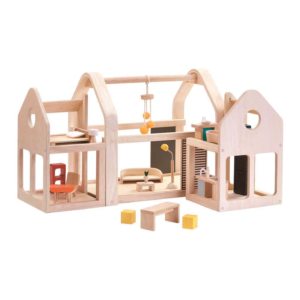 plan toys puppenhaus zum mitnehmen holz natur bei kinder r ume. Black Bedroom Furniture Sets. Home Design Ideas